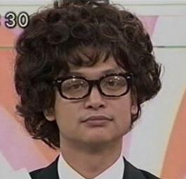 エフェクタ―ファズ fuzz 着用芸能人 香取慎吾さん